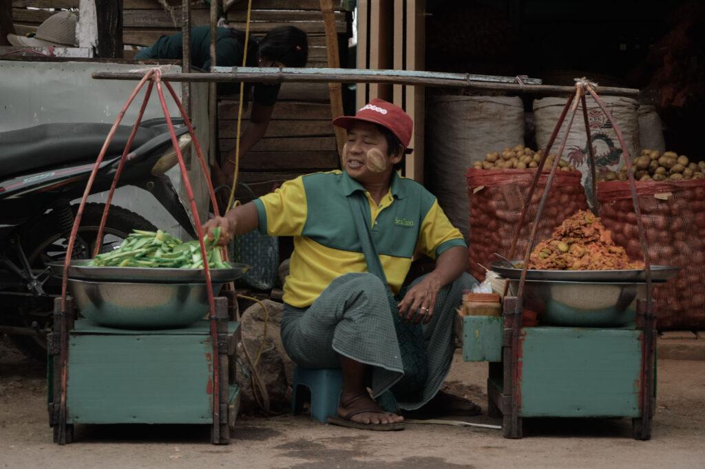 Personal Branding. Mercato Myanmar. Foto di Elena Muscas